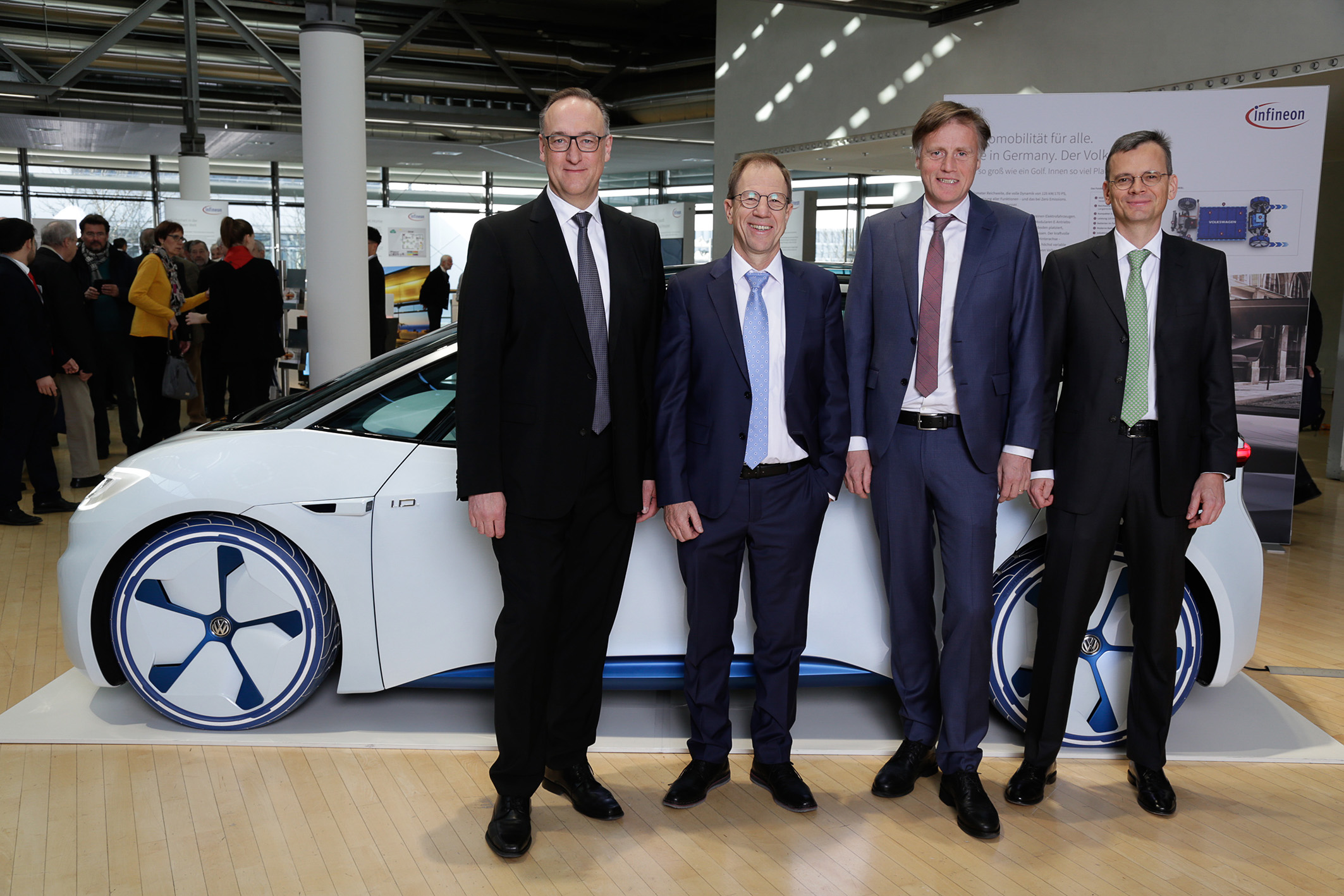 The Executive Board of Infineon Technologies AG at the Annual General Meeting 2019: Dr. Helmut Gassel, Dr. Reinhard Ploss, Jochen Hanebeck, Dominik Asam (from left to right).